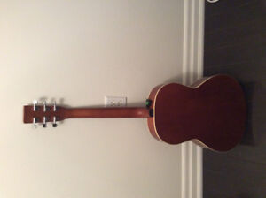 NORMAN ACOUSTIC. GUITAR FOR SALE