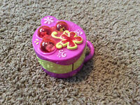 Littlest Pet Shop Mini Flip Out House