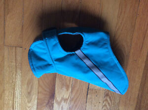 Jacket for dog size XS/ manteau a chien