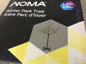 Indoor/Outdoor Noma 600 LED cherry lights tree