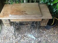 Singer sewing machine for sale ANTIQUE WORKING
