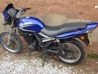 Kymco Pulsar LX 125cc motorbike spares or repairs project