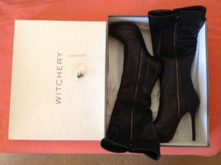 Witchery Genuine Leather Knee High Heel Boots Size37 As New $140. East Cannington Canning Area Preview