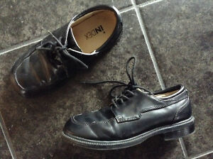Boys Black Index Dress Shoes -size 1
