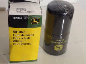 NEW John Deere Oil Filter RE21748 Model 850 855 890 990 5730 582