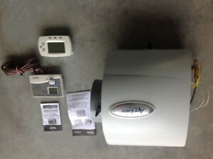 Home heavy duty humidifier with electronic control and thermosta