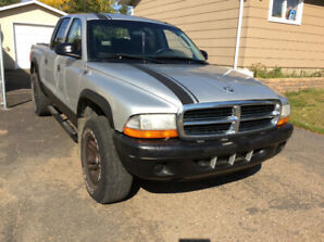2004 Dodge Dakota low mileage