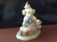 Lladro figurine - Girl Circus Clown with Ball
