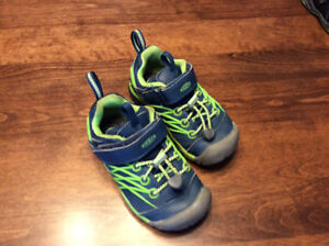 Keen Shoe - Size 9 Toddler