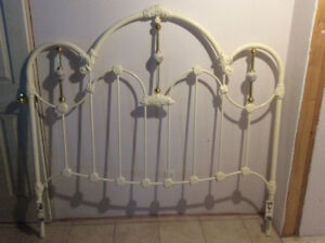Queen Size White Metal Bed Frame