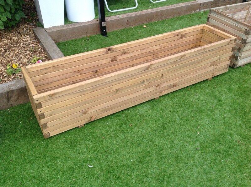 1.8m pine trough