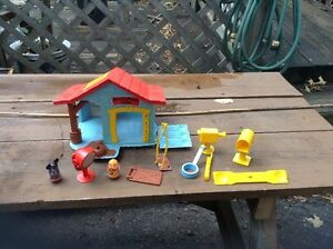 vintage mickey Mouse house West Island Greater Montréal image 2