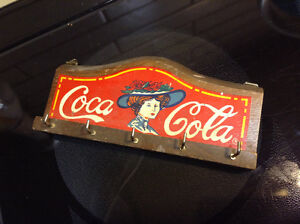 RARE ORIGINAL VINTAGE COCA COLA ADVERTISING KEY HOLDER RACK Wood