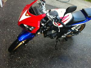 Honda 125 r bike
