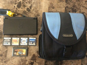Nintendo DS lite with games