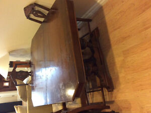 Knechtel antique solid wood Dining room table/chairs