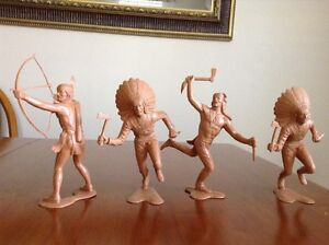 Figurines LOUIS MARX & CO 1964 (5$ chacune)