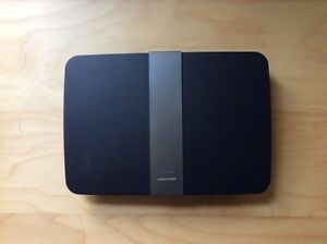 Linksys E4200 High Performance Dual-Band wireless N router