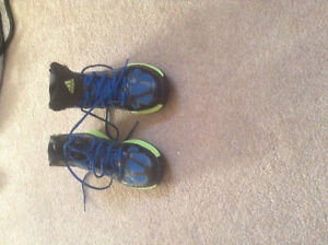 Girls Basketball Shoes Sz 6