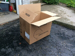 Sturdy moving boxes. 4 cubic feet. Large size.