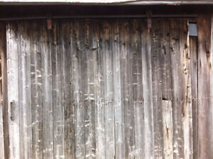 Porte en bois de grange