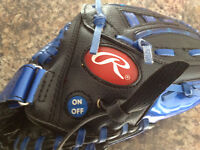 Rawlings Youth Left Hand Glove 9.5 inches