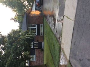 Whole House For Rent In Prime Oshawa Location