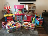 Huge Bundle of children's play kitchen, shop and food