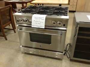 Stove; Bluestar 6-Burner Gas Range at the Cambridge ReStore