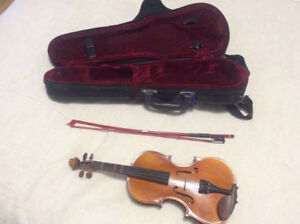 Beau petit violon 1/8 de marque Scotti