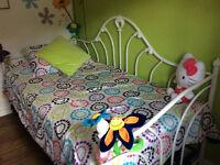 Très beau lit simple gigogne metal blanc
