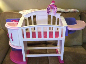 Baby crib play set