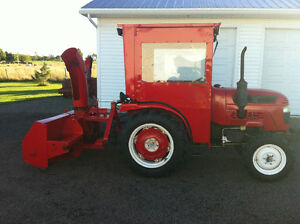 2425 farmpro tractor with snowblower