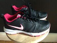 Women's Nike T-Lite Trainers