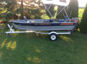 14 ft smoker craft ,loaded , 25 hp e start controls , live well