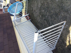 Rampe de balcon en aluminium blanc (100$ négo)