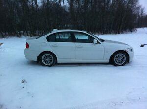 2010 BMW 323I - $14500