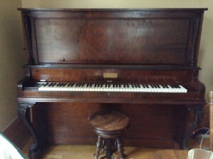 Beautiful piano tried to sell it but would now like to donate to Kawartha Lakes Peterborough Area image 3