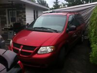 2002 Dodge Grand Caravan Sport.   DVD.-FULL.   985$$