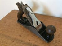 Vintage 'Stanley Bailey' No.4 smoothing wood plane