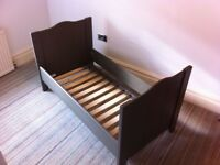 Childwood grey wooden cotbed (including sides)