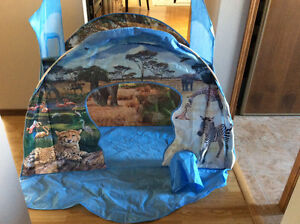 Jungle theme play tent