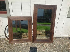 Miroir fait avec du bois de grange antique autre for Miroir bois de grange