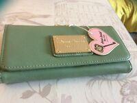 Anna smith purse !