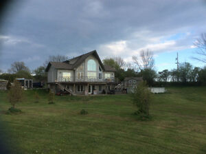 Beautiful County home for sale 118 Pleasant BAY Rd Hillier