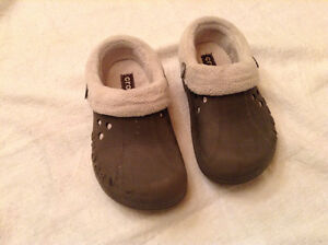 Lined Crocs - Youth size 10