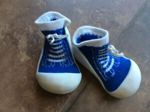 Baby inside shoes - Size 5.5 (12.5 cm)