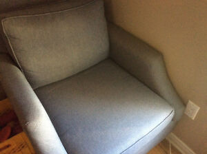 Like new living room chair ( reduced) $175 now 125
