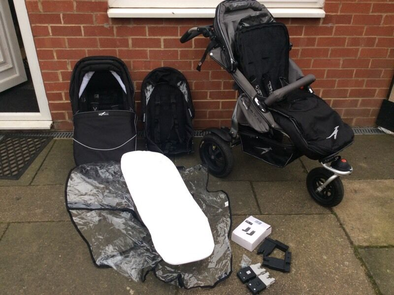 Tfk Joggster Twist Iii With Buddy Seat And Carrycot In