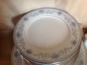 Nortaki China 32 pc -8 place settings  and more
